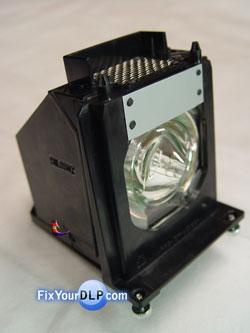 Mitsubishi 915P061010 Portalamprasa Rearmado
