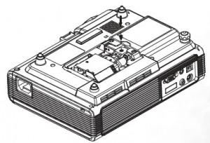 BenQ PB2240 inserting projector lamp, BenQ 59.J9301.CG1