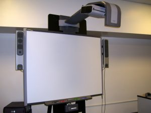Smartboard_UNIFI55_projector